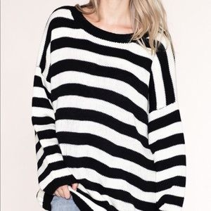 Listicle | Oversized Black & White Striped Sweater